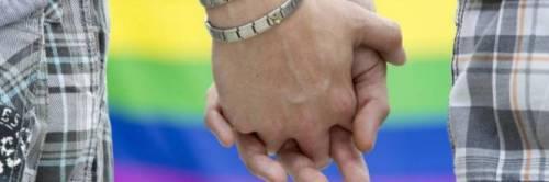 Gay respinti dal locale: Entrano solo coppie etero