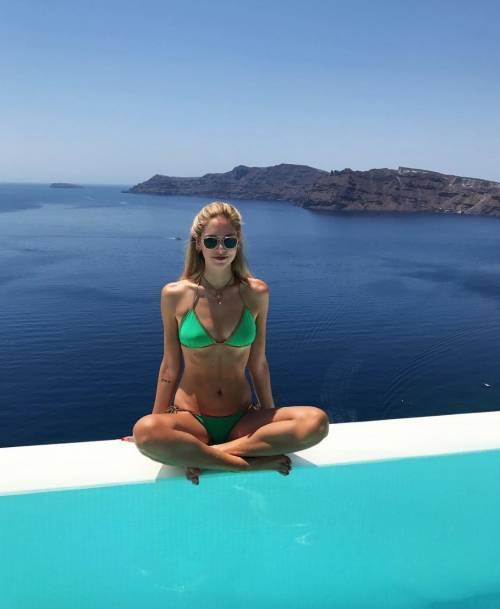 Chiara Ferragni hot, ragnatela sul seno 2