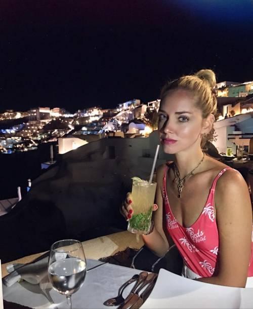Chiara Ferragni hot, ragnatela sul seno 20