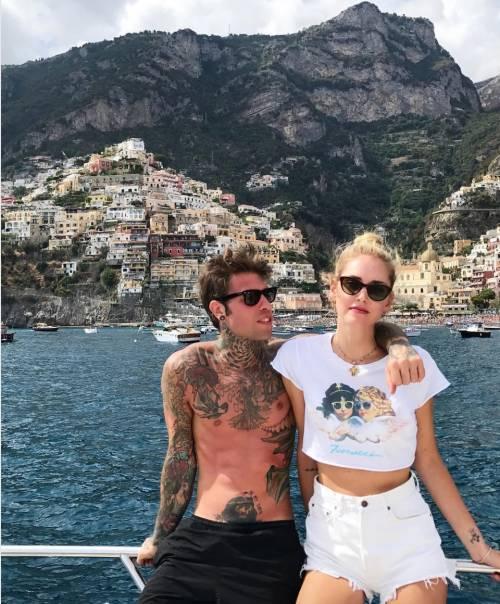 Chiara Ferragni hot, ragnatela sul seno 28