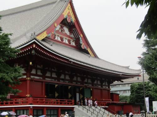 Asakusa, dove all'ombra del Tuono nuotano le carpe 3