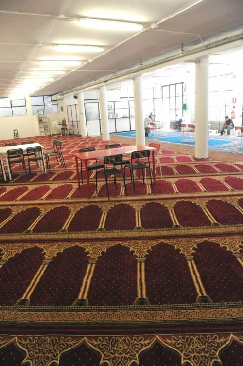 La moschea di via Cavalcanti a Milano 8
