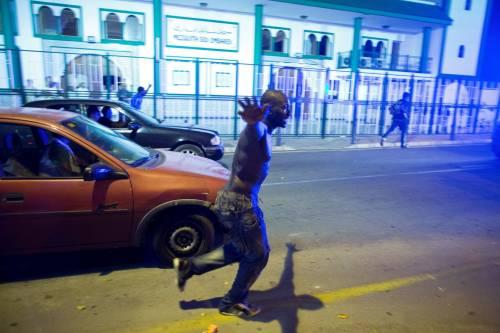 Ceuta, l'assalto dei migranti alla frontiera 15