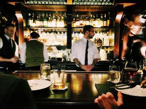 """Reggio Emilia, titolare di un bar: """"Una persona di colore può creare disagi"""""""