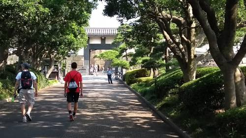 Torri, fossati e giardini eccezionali: nel Palazzo Imperiale a Tokyo 4