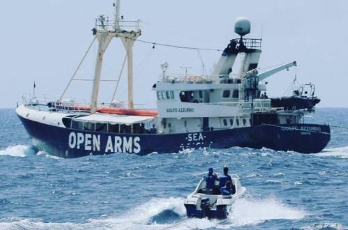 """C Star e Libia cacciano la Ong: """"Non dovete tornare mai più"""""""