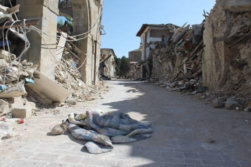 Amatrice, viaggio nella città sommersa dalle macerie ad un anno dal sisma 3