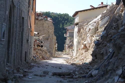 Amatrice, viaggio nella città sommersa dalle macerie ad un anno dal sisma 5