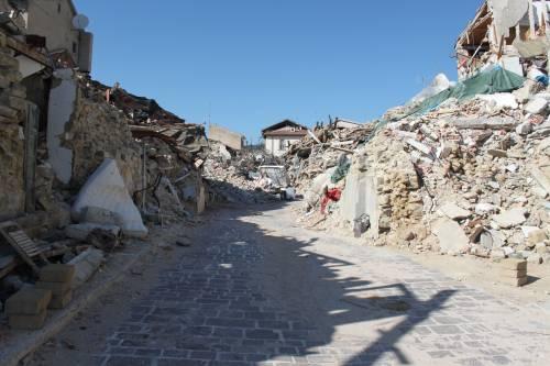 Amatrice, viaggio nella città sommersa dalle macerie ad un anno dal sisma 6