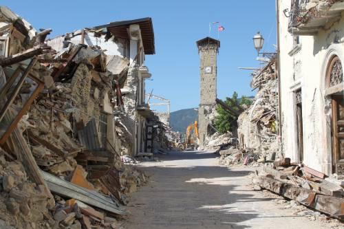 Amatrice, viaggio nella città sommersa dalle macerie ad un anno dal sisma 7