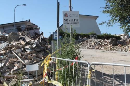 Amatrice, viaggio nella città sommersa dalle macerie ad un anno dal sisma 12