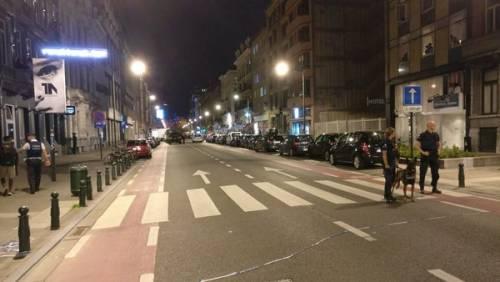 Attacco col coltello nel centro di Bruxelles 5