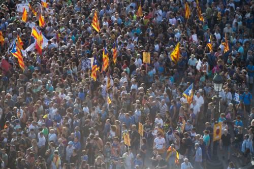 Barcellona in piazza per la pace dopo la strage sulla rambla 6