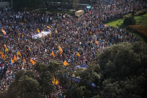 Barcellona in piazza per la pace dopo la strage sulla rambla 7