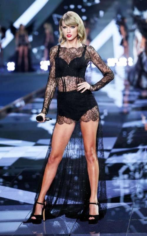 Taylor Swift e Kim Kardashian, foto sexy 15
