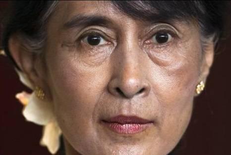 """Processo in segreto contro San Suu Kyi. La Cina: """"Non sapevamo del golpe"""""""