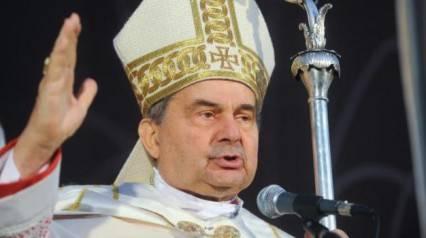 """Muore Caffarra, firmò i """"dubia"""" sull'enciclica del Papa"""