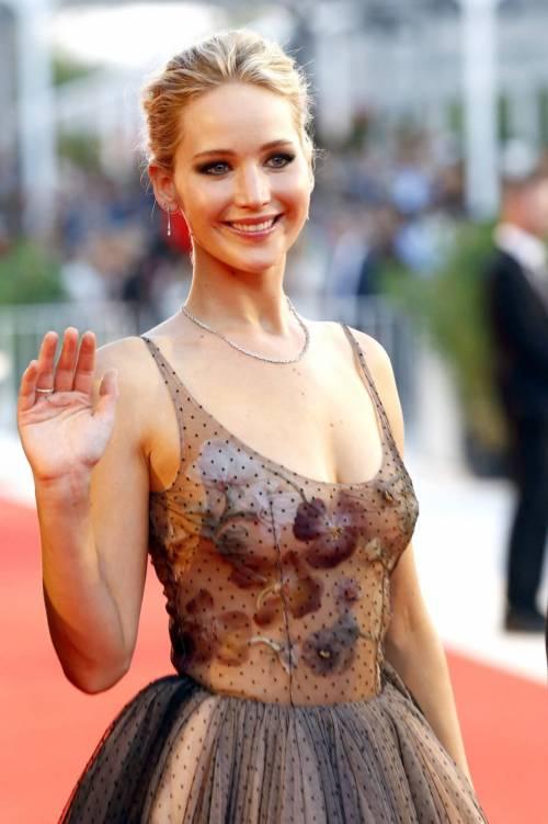 Jennifer Lawrence come una principessa a Venezia 3