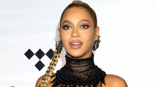 Beyoncé e Taylor Swift sexy dive in foto 9