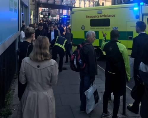 Londra, Isis rivendica attacco. L'allerta sale al livello massimo