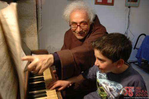 Quando la musica unisce: concerto di giovani pianisti della Terra Santa