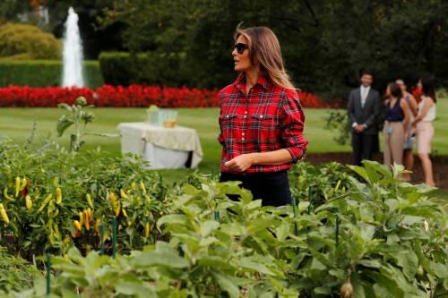 Melania Trump come Michelle: fa l'orto alla Casa Bianca 9
