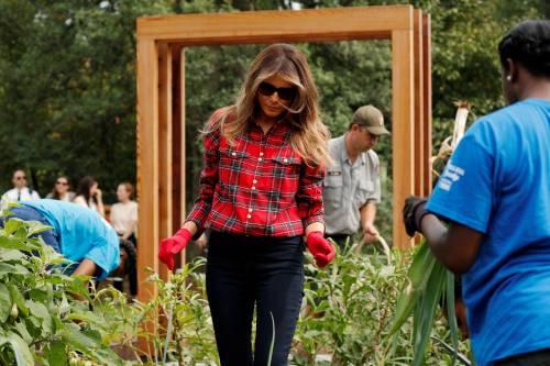 Melania Trump come Michelle: fa l'orto alla Casa Bianca 15