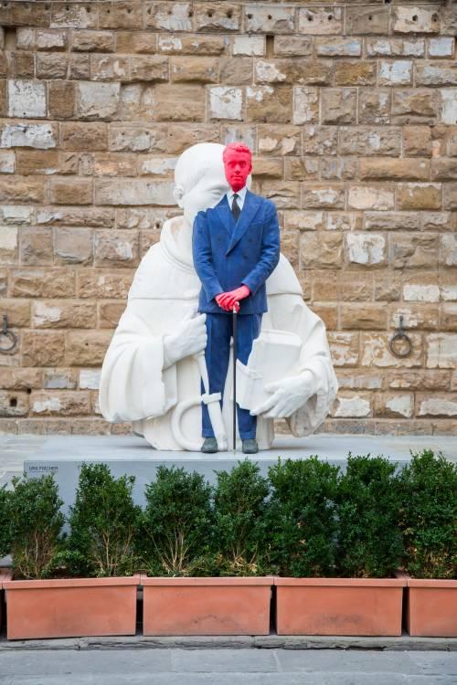 """Tra """"sacchi"""" di Burri e sculture di Fischer: un museo in vendita"""