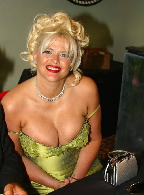 Playboy: le conigliette più sexy della storia 25