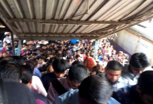 Calca alla stazione di Mumbai 2