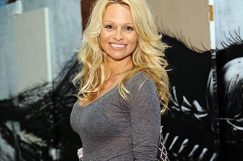 Pamela Anderson, le foto sexy 12