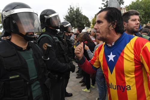 Tensioni tra polizia e indipendentisti 7