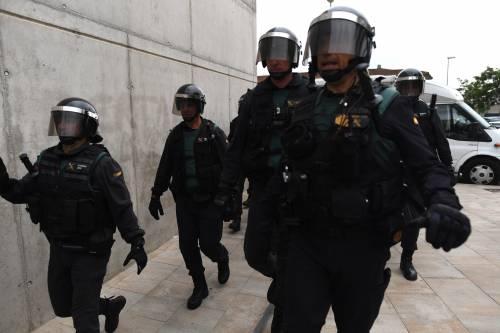 Tensioni tra polizia e indipendentisti 8