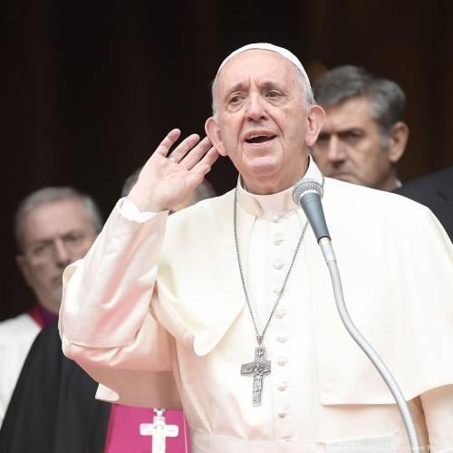"""Papa Francesco: """"Si pecca contro povertà più che contro la castità"""""""