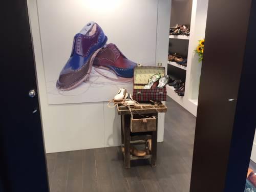 Moda, scarpe italiane in vetrina a Monaco di Baviera