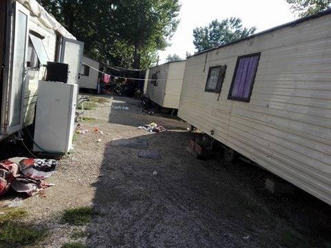 Camping River, il primo campo rom chiuso dalla Raggi 3