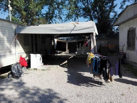 Camping River, il primo campo rom chiuso dalla Raggi 4
