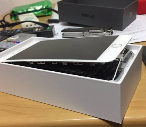 Alcuni iPhone 8 Plus hanno un problema di rigonfiamento della batteria