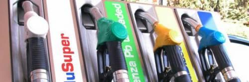 Benzina, l'Italia è tra i Paesi più cari al mondo: colpa delle tasse
