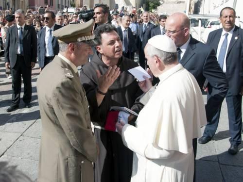 """Il prete dei soldati a Nassiriya: """"I vescovi? Vadano in guerra"""""""