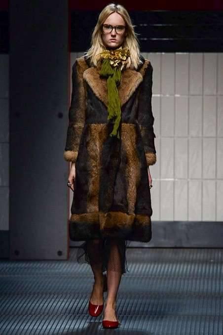 La svolta storica di Gucci   Stop alle pellicce animali  2e52942f5cad