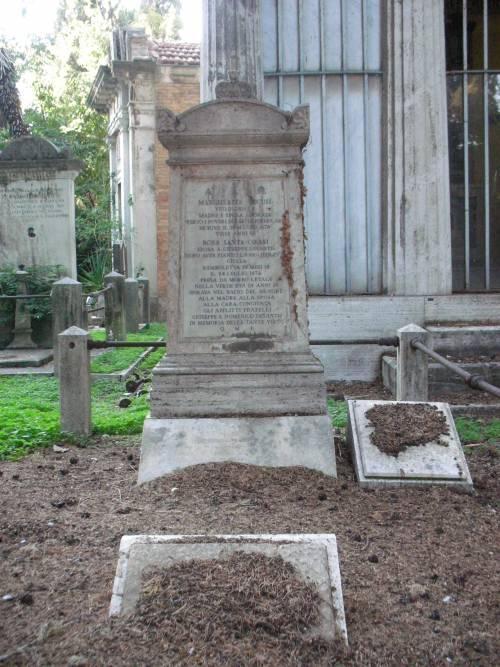 Degrado e furti tra le tombe: cimiteri capitolini saccheggiati e abbandonati 5
