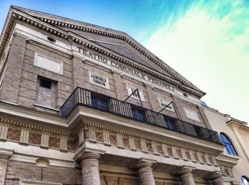 Rimossi tre fasci littori dal palazzo di Lanciano: ha vinto la linea Boldrini