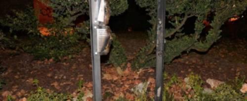 Trento, targa vittime delle foibe vandalizzata per terza volta in un anno