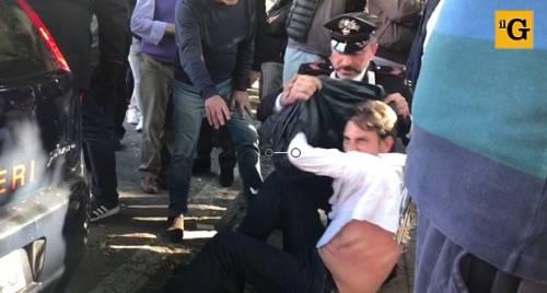 Alta tensione a Palermo: uomo insulta i carabinieri