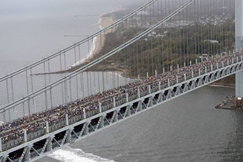 Dossena gigante a New York. Triathlon non è tempo perso