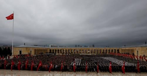 Festeggiamenti per la Festa della repubblica al Mausoleo di Ataturk ad Ankara