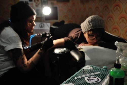 I tatuaggi dei sopravvissuti del Bataclan  7