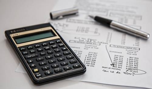 Il governo accelera sul fisco Assaggio di flat tax ad agosto