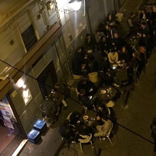 Genova, addio ubriachi molesti: niente alcool in centro dalle 7 alle 21